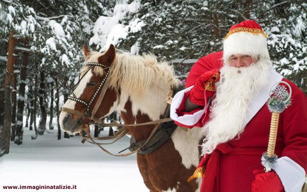 Babbo Natale con Cavallo