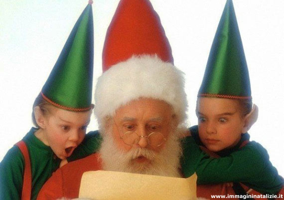 Babbo Natale con elfi