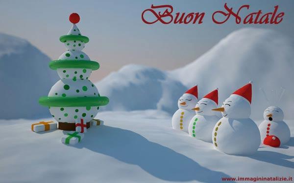 Pupazzi di Natale sorridenti