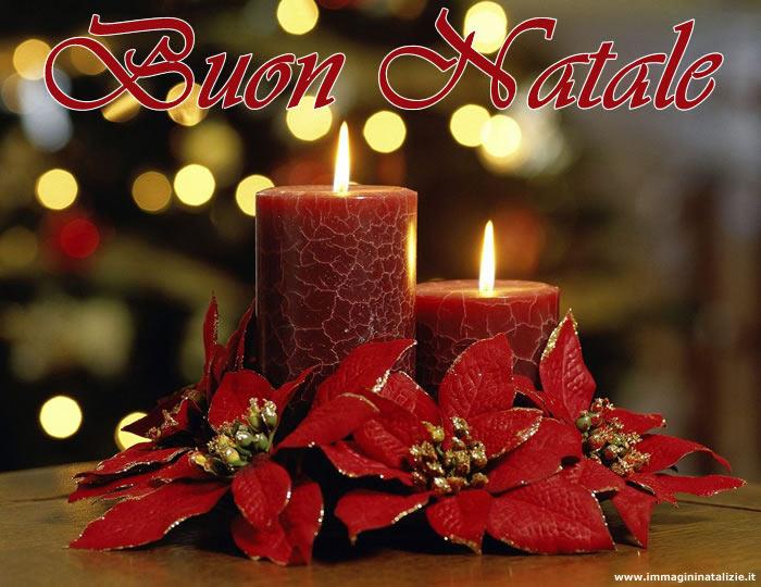 Immagini Buon Natale Candele Natalizie Accese