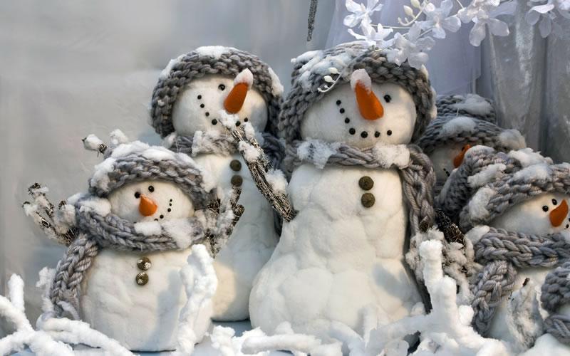 Immagini Di Natale Pupazzi Di Neve.Immagini Natalizie Pupazzi Di Neve
